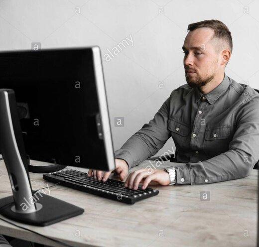 کار کردن با کامپیوتر هم باعث آفتاب سوختگی پوست میشود؟