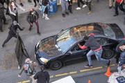 ببینید | تصاویری از ورود یک خودرو به جمع معترضان در شهر نیویورک