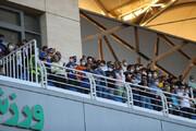 ببینید | حضور تماشاگران در فینال جام حذفی حاشیه ساز شد