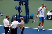 ببینید | جوکوویچ به خاطر این ضربه از تنیس اوپن آمریکا اخراج شد
