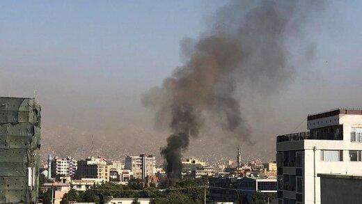 انفجار بمب در مسیر خودروی معاون رئیس جمهوری افغانستان ۱۰ کشته به جا گذاشت