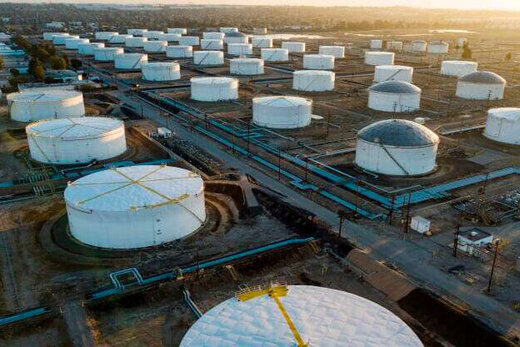 جهش ۳ درصدی قیمت نفت پس از یک سقوط سنگین