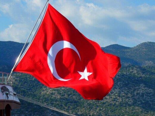 حمله ارتش ترکیه به پایگاههای دولتی سوریه