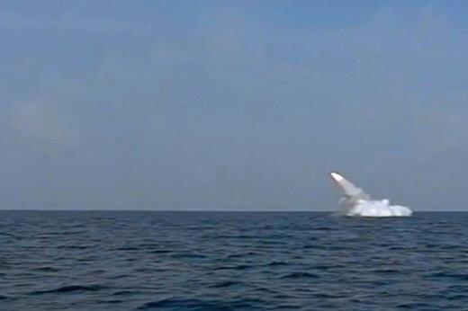 ببینید | نمایش اوج اقتدار؛ شلیک موشک از زیردریایی غدیر در رزمایش ذوالفقار ۹۹