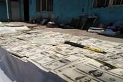 فروشنده دلارهای تقلبی با ۳ میلیارد ارز جعلی گیر افتاد