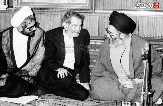 تصاویر دیدار آیت الله سید علی خامنهای، رییس جمهوری، با شهریار در سال ۱۳۶۶؛ به مناسبت روز بزرگداشت شعر و ادب فارسی
