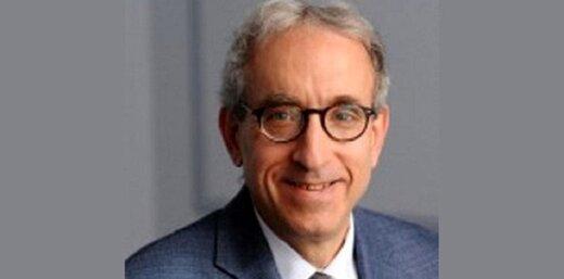 استاد دانشگاه کلمبیا: ترامپ قادر به انجام هیچ اقدامی علیه ایران نیست/آمریکا حمایت اروپا را از دست داده است