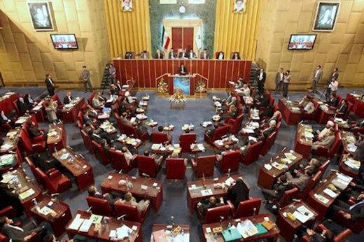 ببینید | ویدئویی زیرخاکی از اعتراض نماینده گرمسار در مجلس ششم به خودروسازان کشور