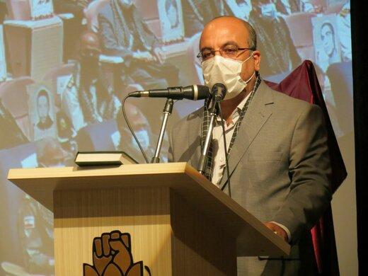 امروز عرصه اقتصادی، جبهه دفاع در برابر توطئه و تجاوز دشمنان نظام است