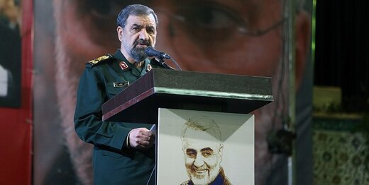 خط و نشان جدید محسن رضایی برای آمریکا؛ از روزی که ناوهای هواپیمابر پنج هزارنفره مصادره شود بترسید