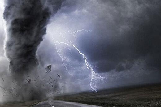 ببینید | گردبادی شدید که همه را در آمریکا غافلگیر کرد