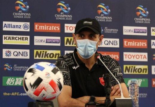 گلمحمدی: یک بازیکن پرسپولیس با پای شکسته بازی میکند