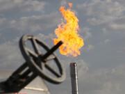تمدید دو ماهه معافیت عراق برای واردات انرژی ایران