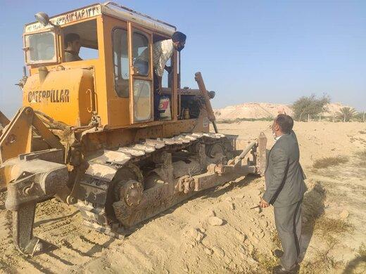 رفع تصرف ۲۱ هزار مترمربع از اراضی ملی و دولتی در پیرامون شهر سوزا