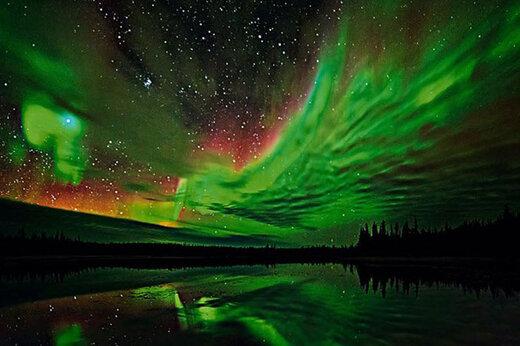 ببینید | زیبایی بیبدیل شفق قطبی در شمال فنلاند