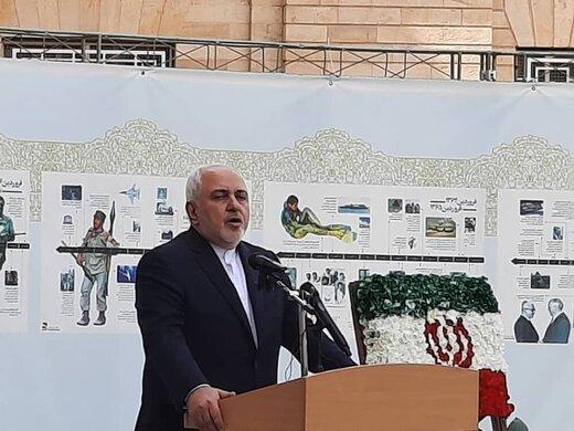 ظریف:حق مردم نیست به خاطر دعوای جناحی و سیاسی منافع آنان را در نظر نگیریم/من شرمندهام