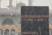 ببینید | تصاویری از بارش شدید باران در مکه مکرمه