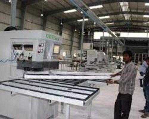 تولد دوباره کارخانه تولیدکننده پروفیل UPVC در شهرکرد