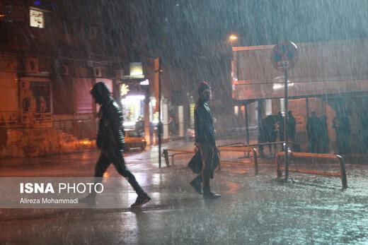 هشدار هواشناسی نسبت به وقوع رگبار و رعد و برق در این استانها