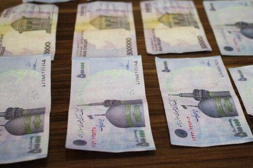 کشف چک پول جعلی از پژو ۴۰۵ در کرج