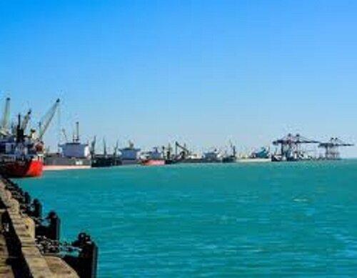 رشد ۵۳ درصدی تخلیه و بارگیری کالا در بنادر گیلان؛ توجه به حمل و نقل دریایی عامل تقویت اقتصاد ملی است
