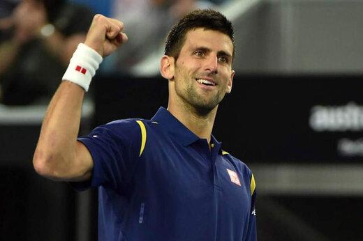 ببینید | «نواک جوکوویچ» دوباره داور تنیس را با توپ زد