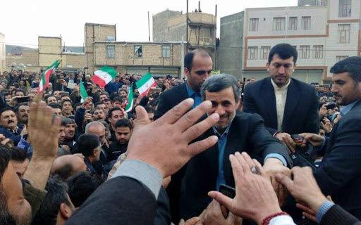 احمدی نژاد و شیرینکاری هایی که هر لحظه به روز می شود