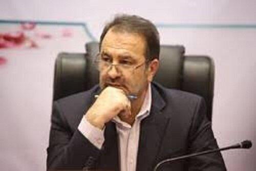 استاندار فارس: باید مردم را نسبت به واقعیتهای اقتصادی آگاه کرد