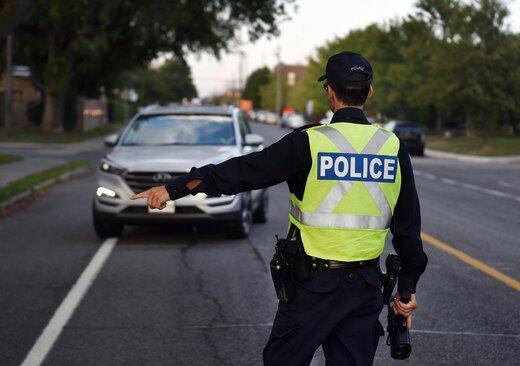 ببینید   ایست و بازرسی برای جلوگیری از تردد غیرمجاز مردم