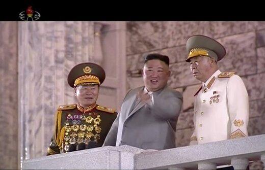 کره شمالی از بزرگترین موشک بالستیک قارهپیمای جهان رونمایی کرد/عکس