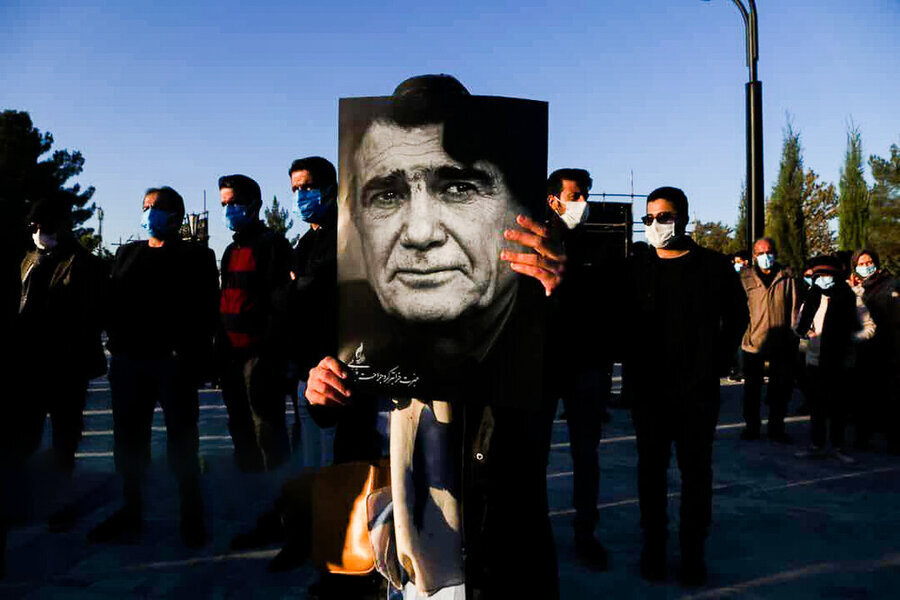 Iranian legendary singer Shajarian laid to rest in Tous
