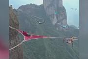 ببینید | عجیبترین استراحتگاه جهان در ارتفاعات 200 متری