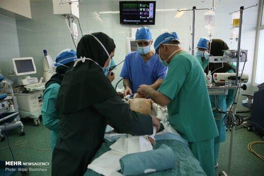 کمبود نیروی انسانی؛ خستگی و فرسودگی در ICU/ پیدا کردن تخت خالی در بیمارستانها سخت است
