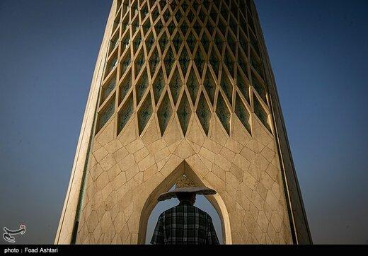 چهل و نهمین سالگرد تاسیس برج آزادی