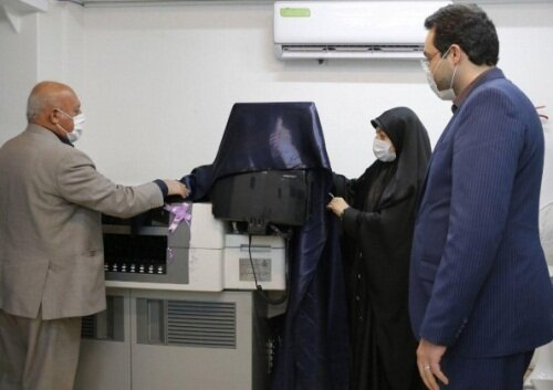 رونمایی دستگاه «تست هورمون» در جهاد دانشگاهی قزوین
