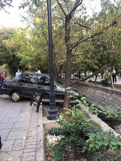 تصادف عجیب در بلوار کشاورز تهران