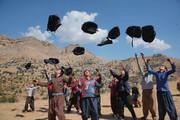 گلرنگ 10 هزار کولهپشتی حاوی لوازم التحریر به مناطق صفرمرزی اهدا کرد