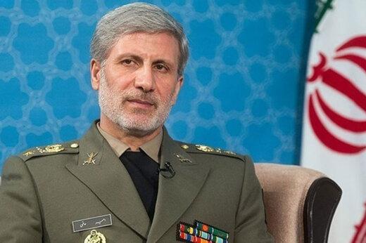 وزير الدفاع العراقي یزور إيران غدا