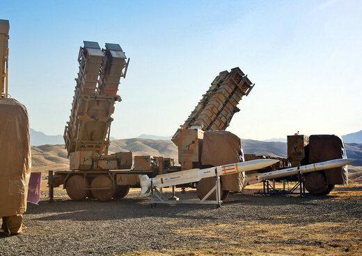 رزمایش مشترک ارتش و سپاه /به پرواز در آمدن بمب افکن ها و پهپادهای بدون سرنشین