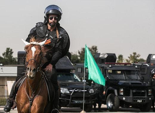 ببینید | رژه یگان اسب سوار ناجا به مناسبت هفته نیروی انتظامی در تهران