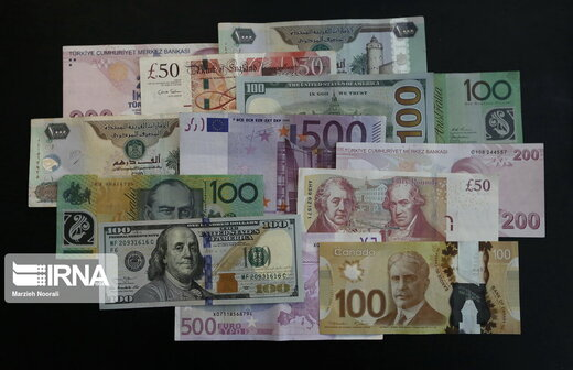 قیمت بانکی ۱۸ ارز ارزان شد