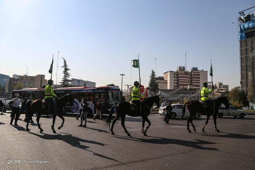 رژه یگان سوارکاران ناجا