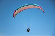 تصاویر | پرواز پاراگلایدرها در آسمان کرمان