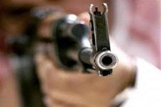 ببینید | حمله مسلحانه به یک قهوه فروشی در اهواز