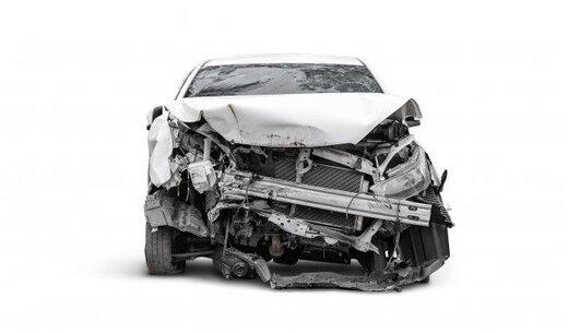 آیا بیمه بدنه به راننده بدون گواهینامه تعلق می گیرد؟