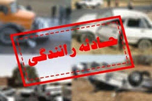 تصادف شدید کامیونت بار سیب با خاور در بزرگراه شهید یاسینی