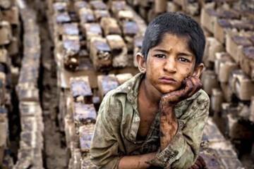 """استان تهران ۴۰۰۰ """"کودک کار"""" و """"زبالهگرد"""" دارد"""