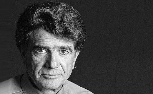 ببینید | لحظه به یادماندنی اهدای تندیس افتخاری خانه سینما به استاد محمدرضا شجریان