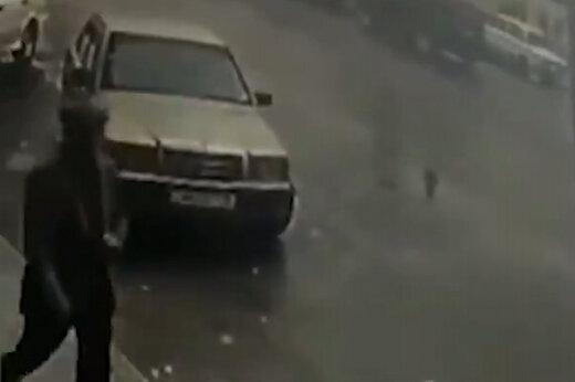 ببینید | لحظه برخورد راکت نیروهای ارمنستان به شهر بردع آذربایجان ساعاتی پس از اعلام آتشبس