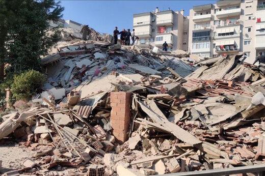 ببینید | ساختمانهایی که در زلزله وحشتناک مرز یونان و ترکیه با خاک یکسان شدهاند